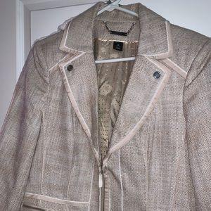 White House/Black Market wheat SZ 14 jacket Lined